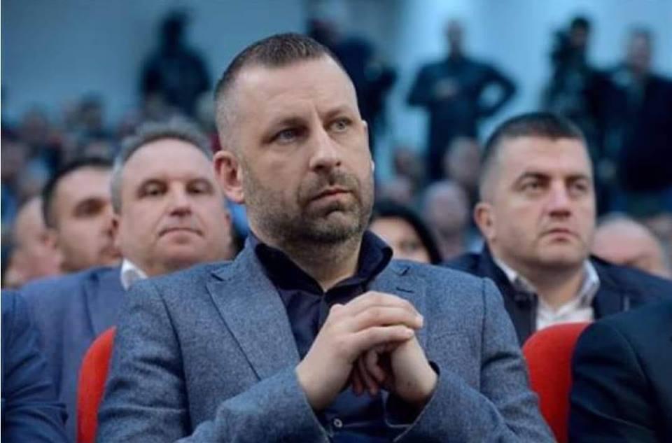 Sinoć izvršen sajber napad na naloge Dalibora Jevtića