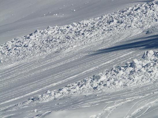 Spaseni skijaši iz lavine u Švajcarskoj