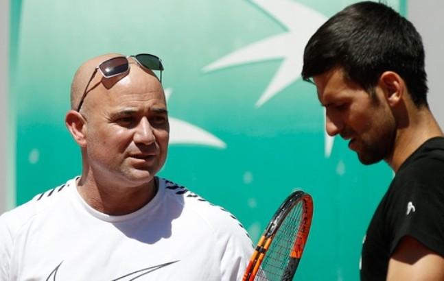 Agasi: Kladio bih se da će Novak da nadmaši Federera