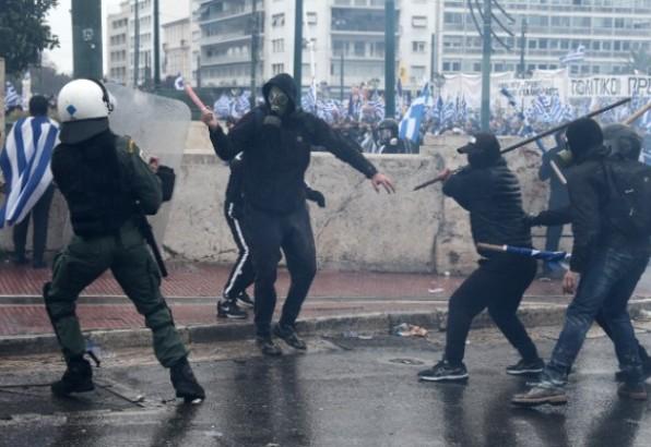 OEBS osudio napad na novinare u Atini