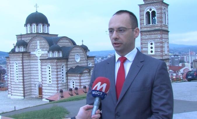 Simić: Srbi slavili Sretenje, a pitamo se šta slavi Priština