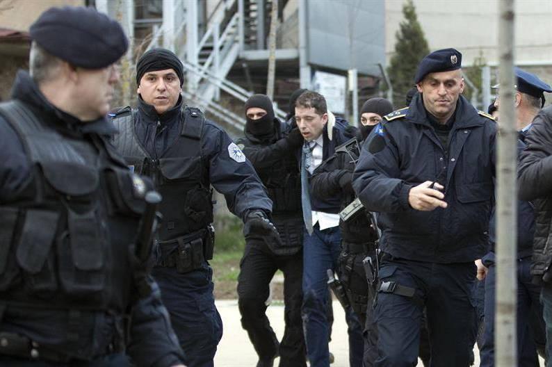 Koha: Priština pokreće istragu o brutalnom hapšenju Đurića