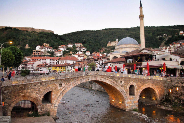 Nemački KFOR poklonio Prizrenu opremu od 1,8 miliona evra