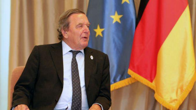 Šreder: Srbiji je mesto u EU, Priština da ukine takse