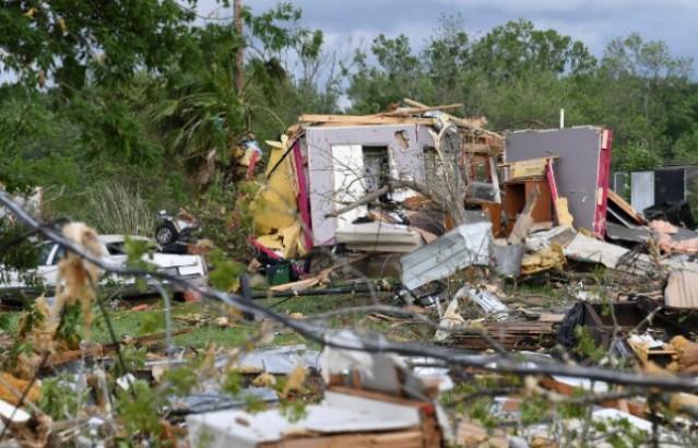 Dvoje dece poginulo u tornadu u SAD