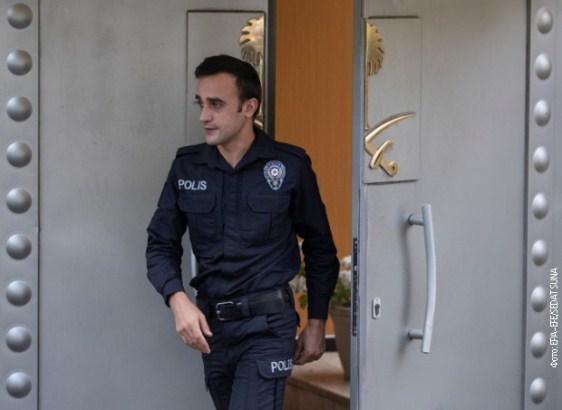Erdogan: Policija tražila toksične materijale u konzulatu