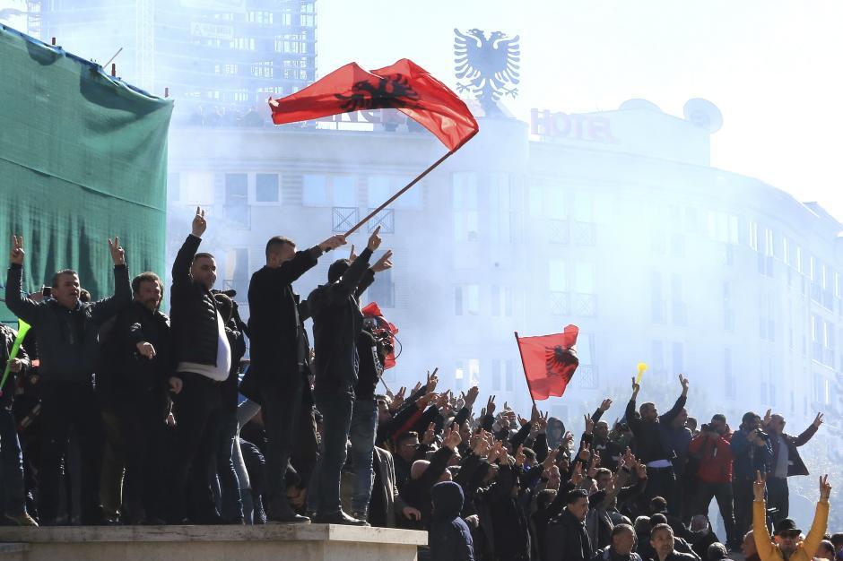 Opozicija u Albaniji nastavlja borbu protiv Edija Rame