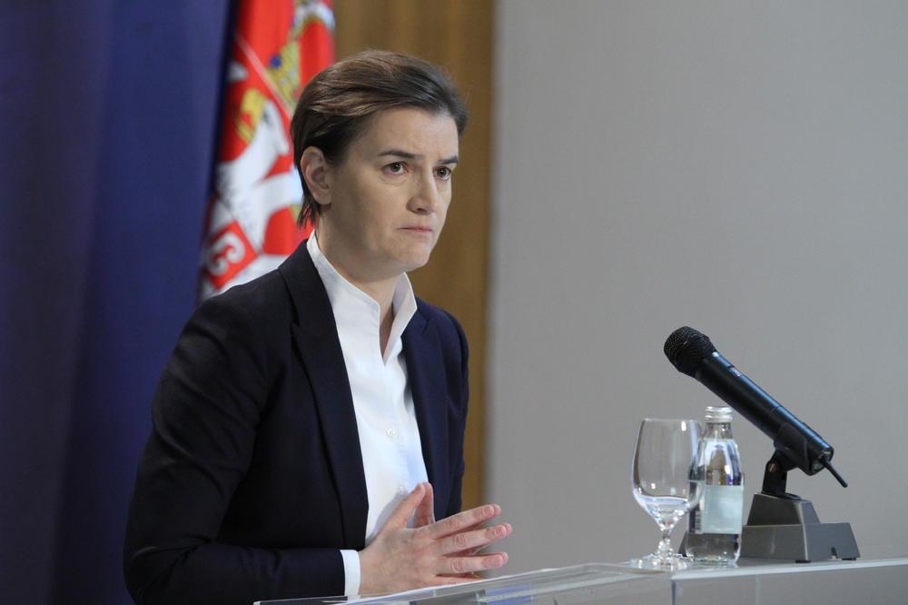 Brnabićeva odgovorila An Mari Ćurčić: Na raspolaganju sam Vam