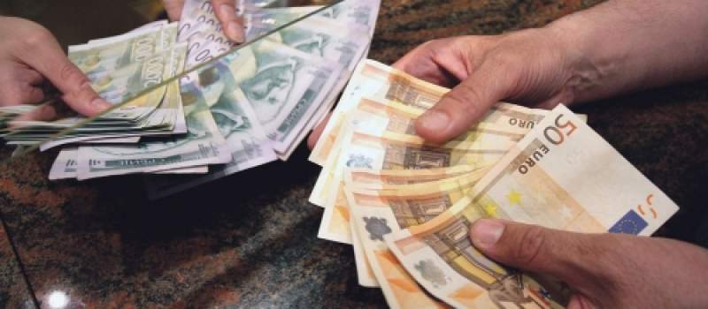Dinar u ponedeljak u usponu 0,1 odsto, kurs 118,0660