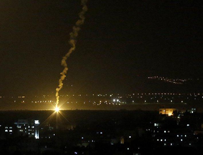 Palestinci ispalili 300 raketa, Izrael pokreće vojsku prema Pojasu Gaze