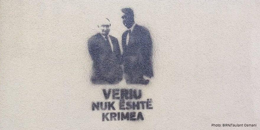 """U Prištini osvanuli grafiti """"Sever nije Krim"""""""