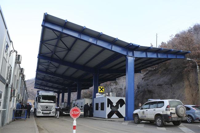 Na Jarinju izveden iz autobusa i uhapšen Milisav Dašić