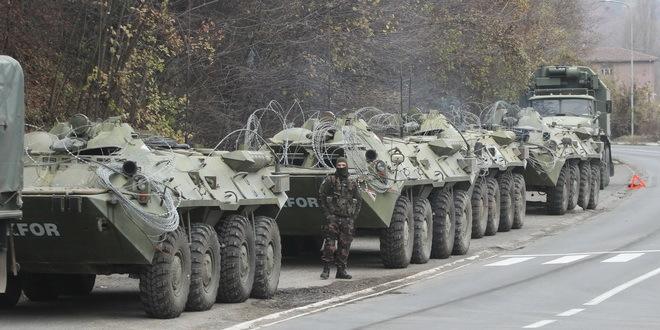 Kfor: Oklopna vozila nisu pretnja, nema naznaka vojne akcije