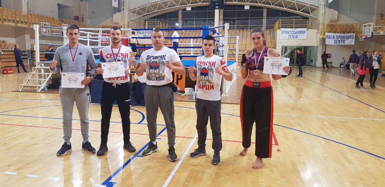 Takmičari kik boks kluba Kosovska Mitrovica najbolji u Srbiji u svojim kategorijama