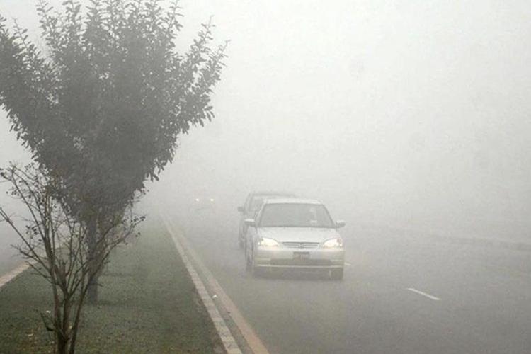 Mestimično vlažni kolovozi, magla na Zlataru i Crnom Vrhu