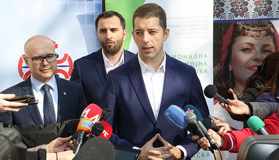Đurić: Rušimo veštački nametnute barijere između Srba