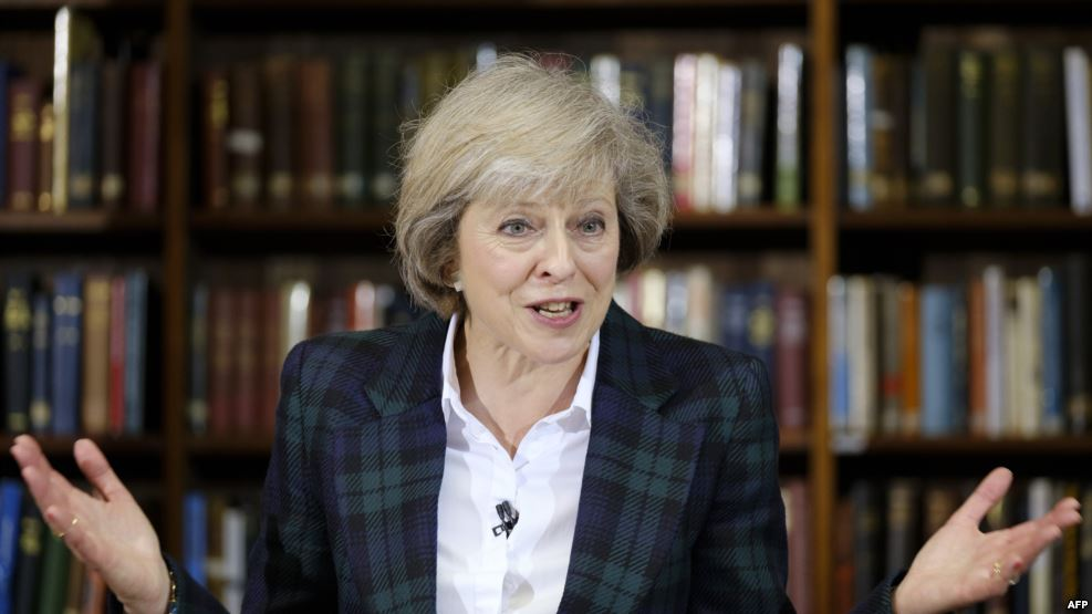 Mej: Parlament kriv za neuspeh