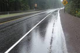 Slaba kiša ponegde u Srbiji, oprez zbog mokrih kolovoza