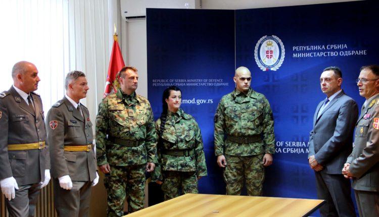Ministar Vulin: Srbija se ponosi svojom vojskom