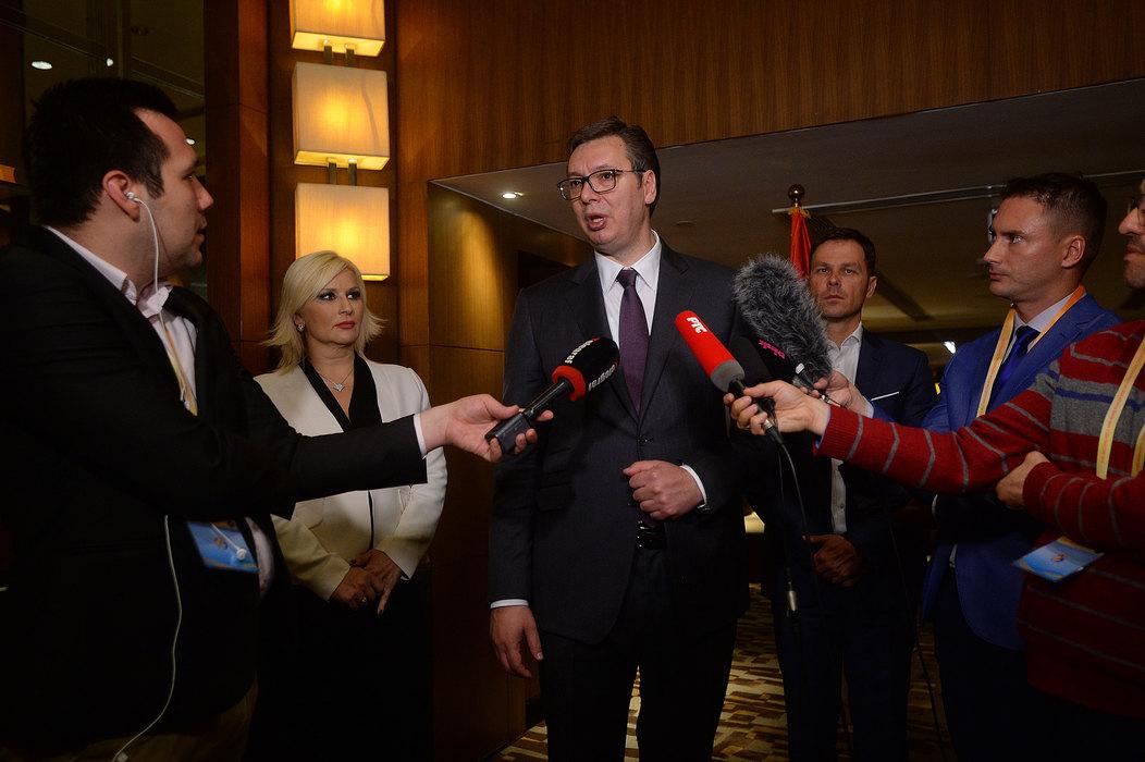 Vučić: Siguran sam da će Merkelova i Makron nešto da smisle, ja ne znam šta da pričam sa Prištinom