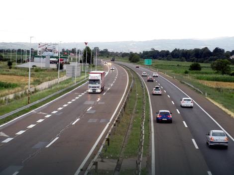 Oprezno zbog većeg broja vozila na putevima