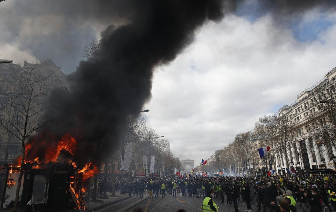 Pariz: