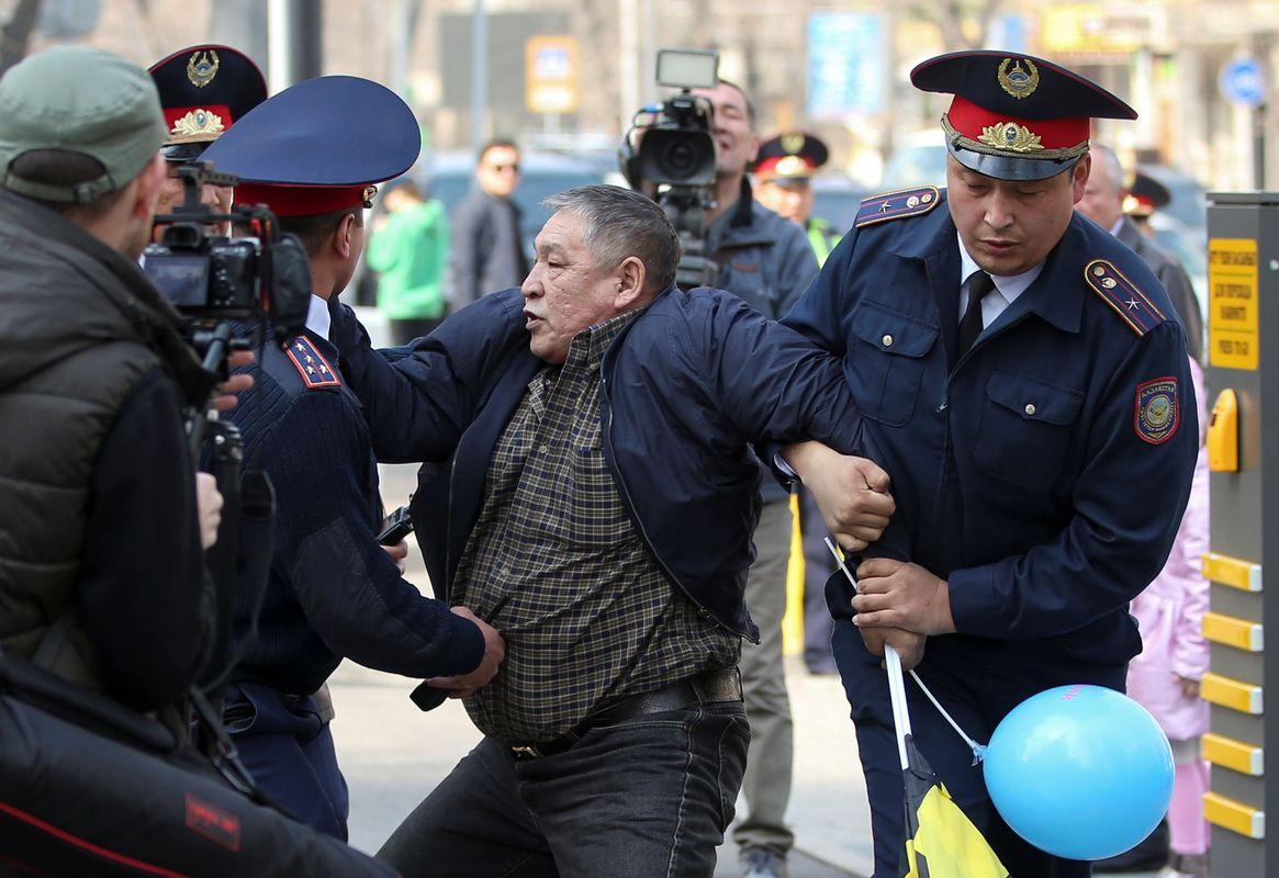 Demonstracije u Kazahstanu, desetine uhapšenih