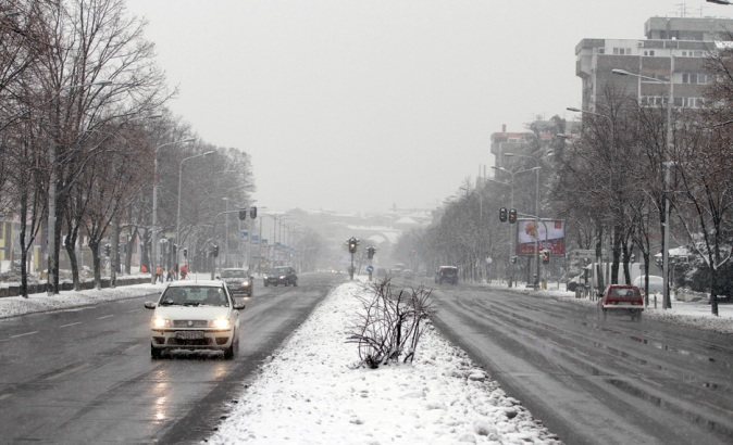 AMSS: Kiša i susnežica otežavaju vožnju