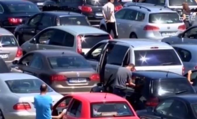 Pojačan saobraćaj, teretnjaci na Batrovcima čekaju osam sati