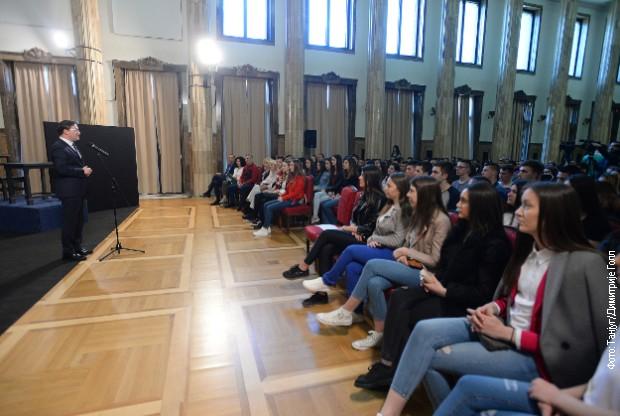 Predstava za srpsku decu sa KiM u Predsedništvu