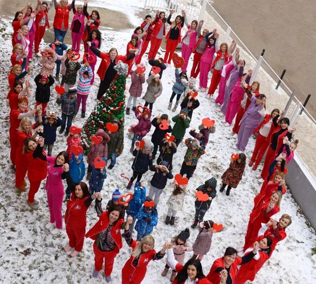 Deca sa KiM šalju poruku svetu: Želimo da rastemo u miru