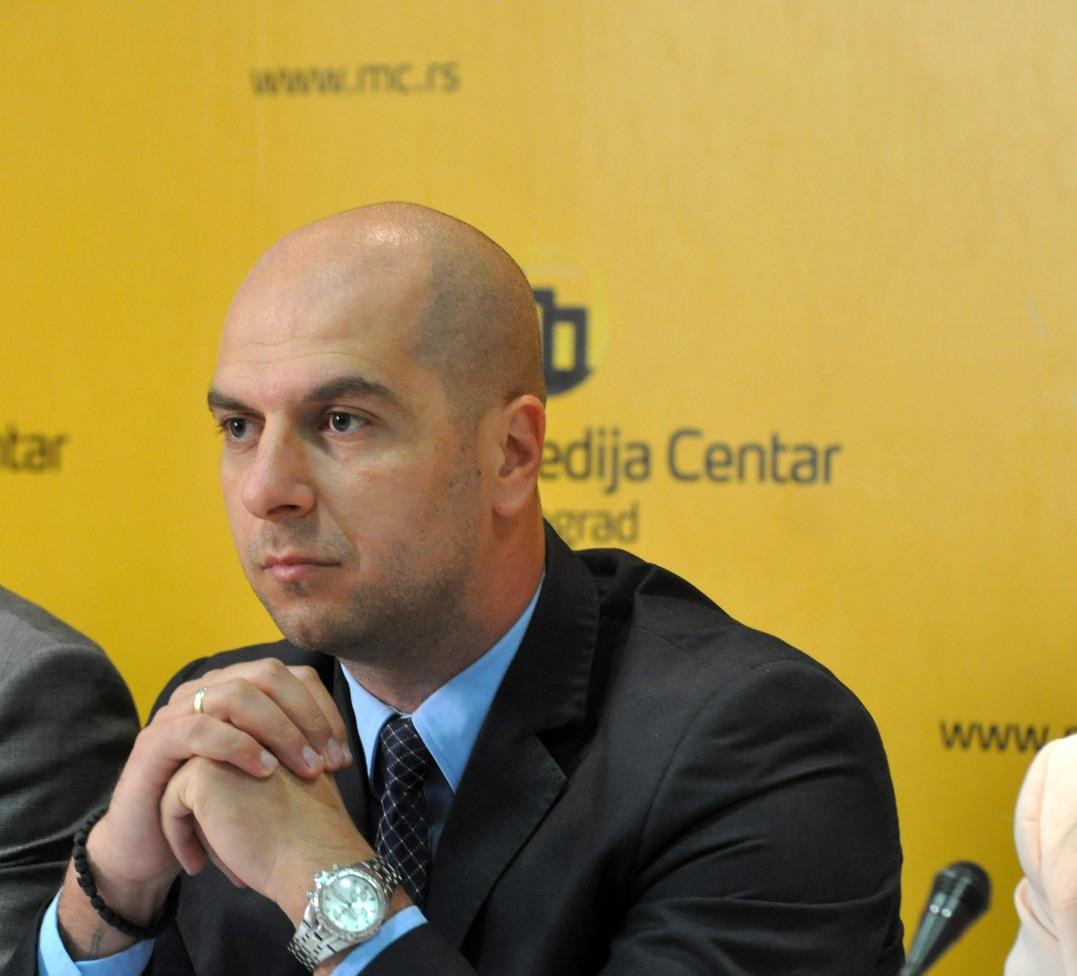 Simić: Srpski narod razočaran u međunarodnu zajednicu