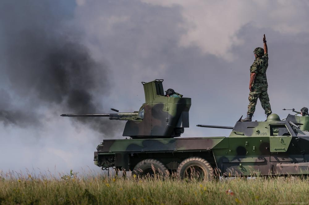 Azimut remontuje borbena oklopna vozila, posao od 10 mil $