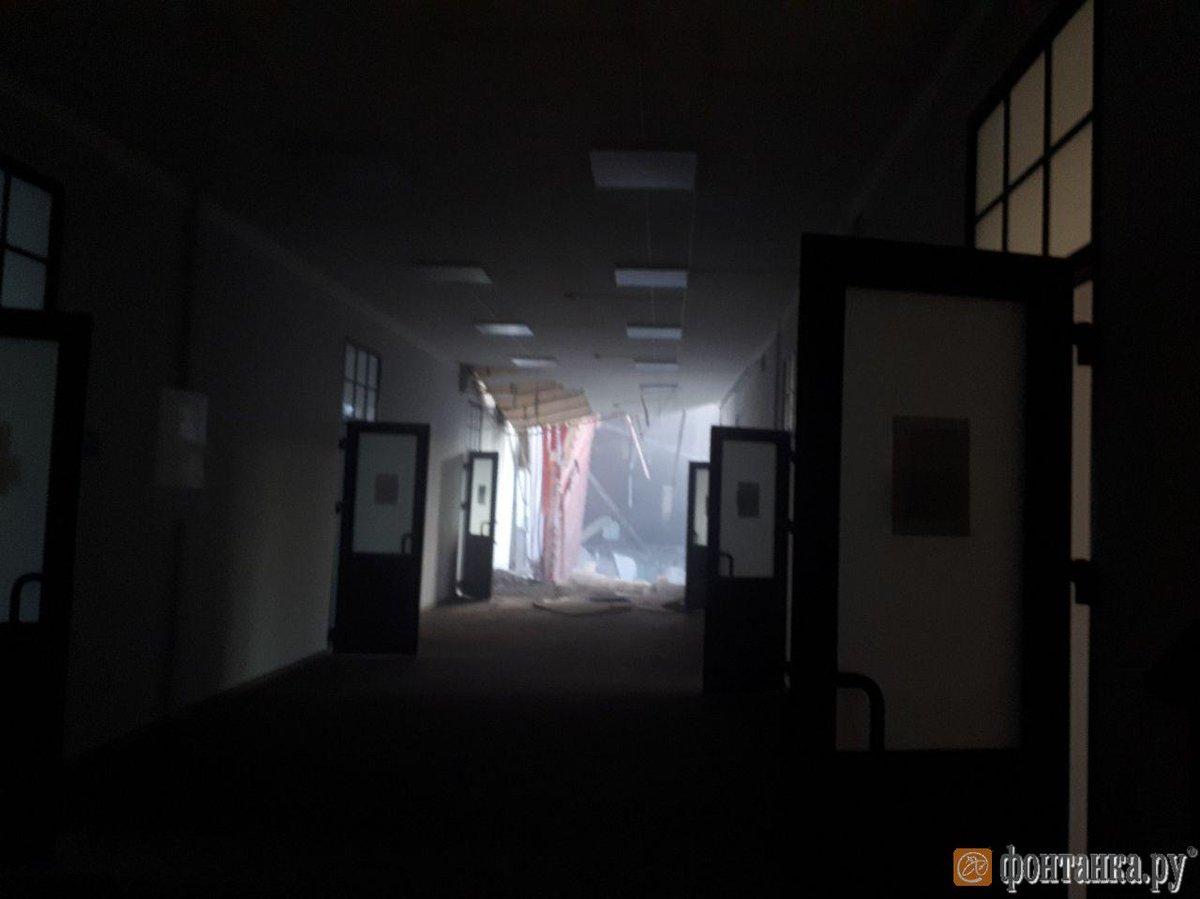 Sankt Peterburg, urušili se spratovi u zgradi univerziteta